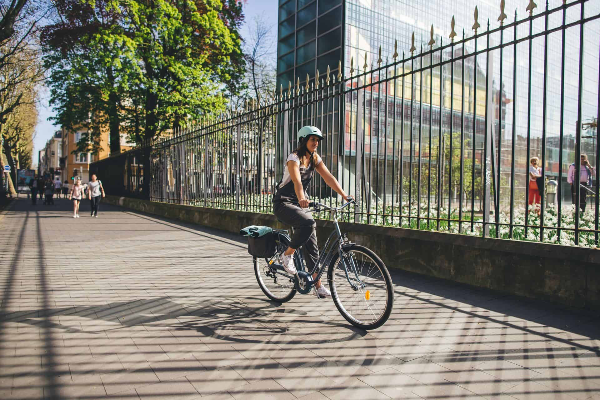 Co daje jazda na rowerze? Korzyści i efekty - Sprawdza się..
