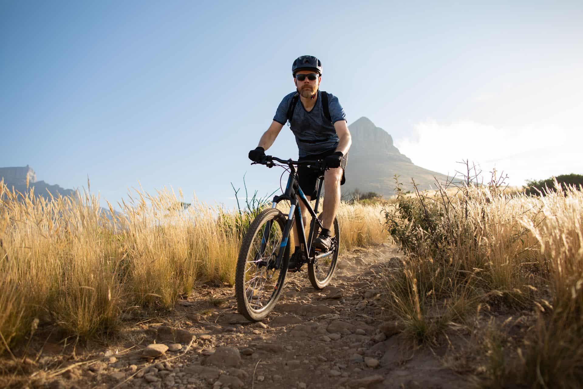 Czy rower pomaga schudnąć na brzuchu