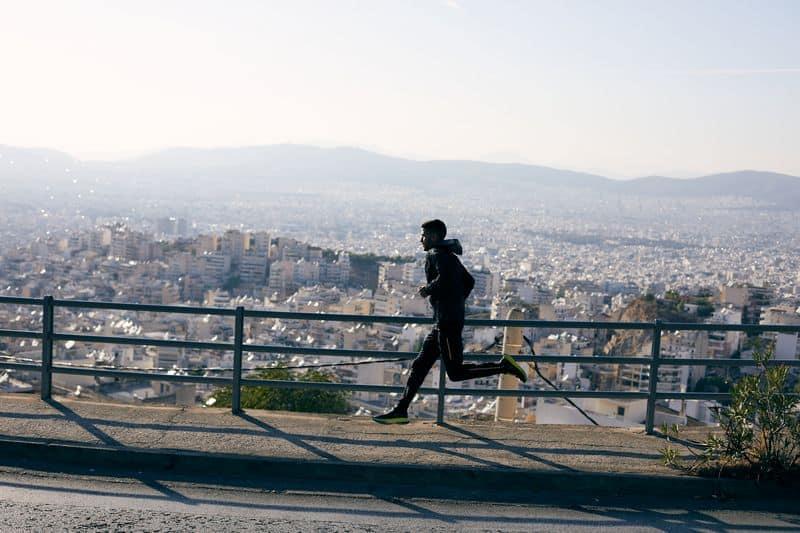 Лучшее время для бега утро или вечер